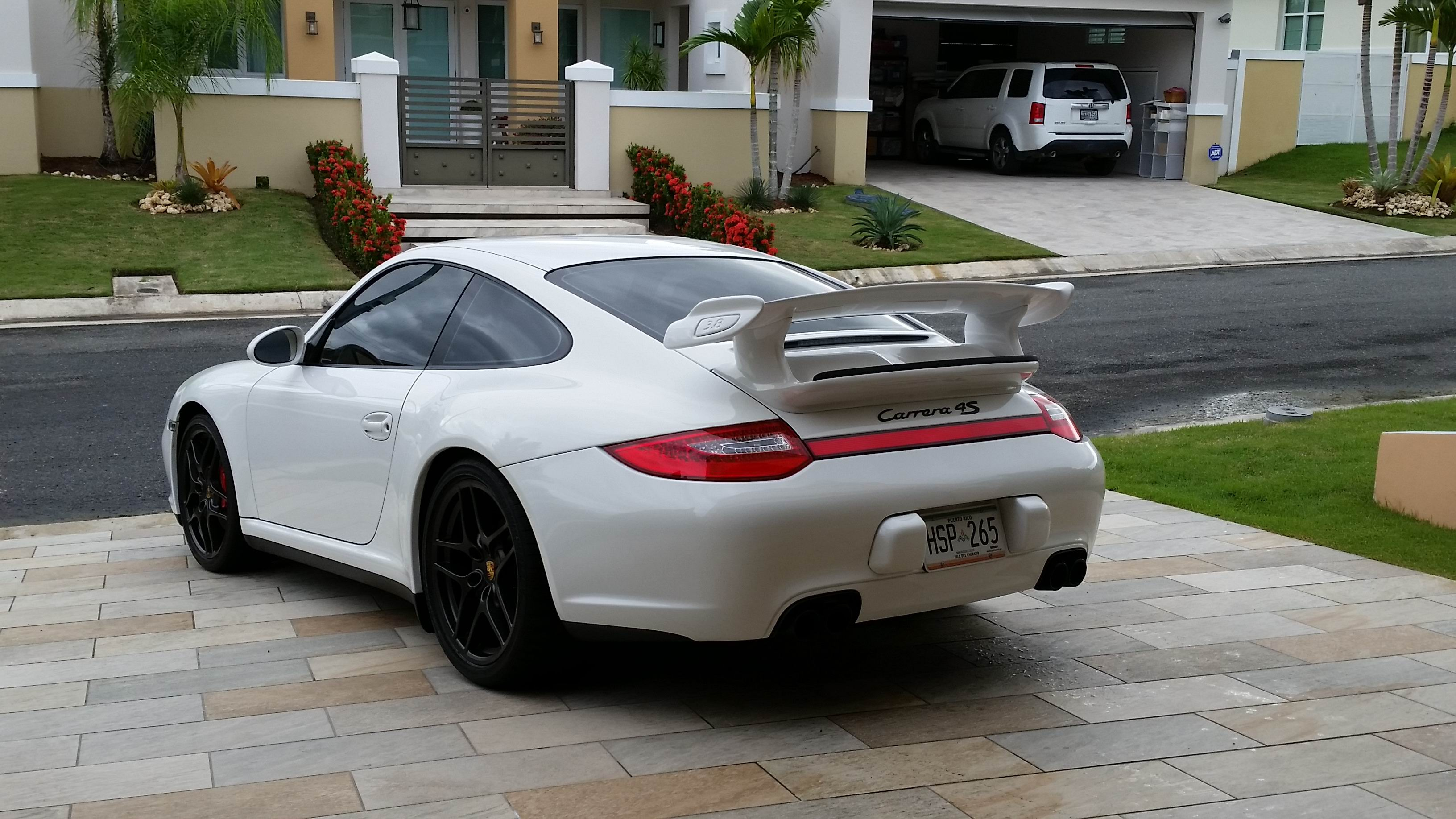 Porsche 997 4S with 997.2 GT3 Bolt On Wing.