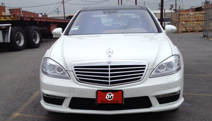 Our Facelift Headlights on a 2008 W221 Mercedes S Class.